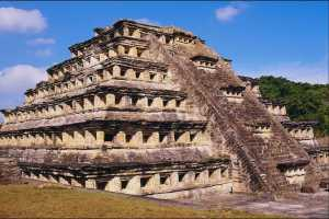 Пирамида в Веракрусе, Мексика